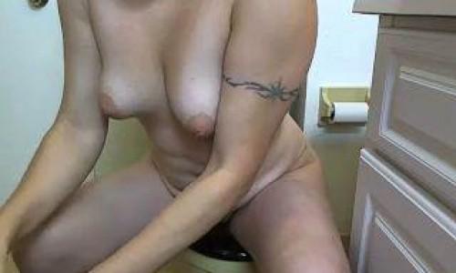Smelly Toilet And Creamy Cum Natalie Wonder