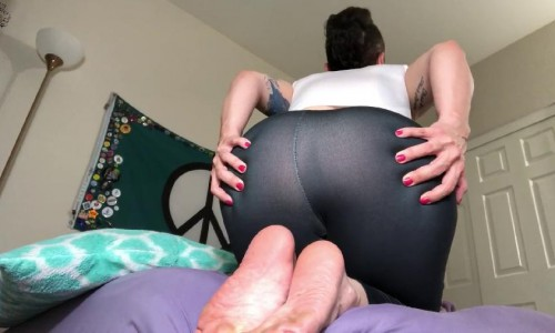 farting foot goddess dominates your dreams hd nikki`s naturals