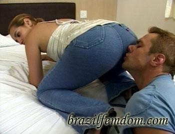 I Love Their Smelly Farts Brazilfemdom