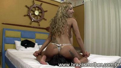 Criss Delicious Facesitting HD Brazilsmother