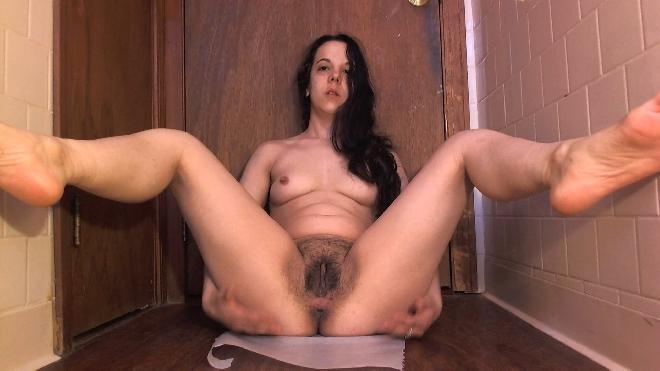 Frontal View Big Poo And Orgasm Minnie Poo