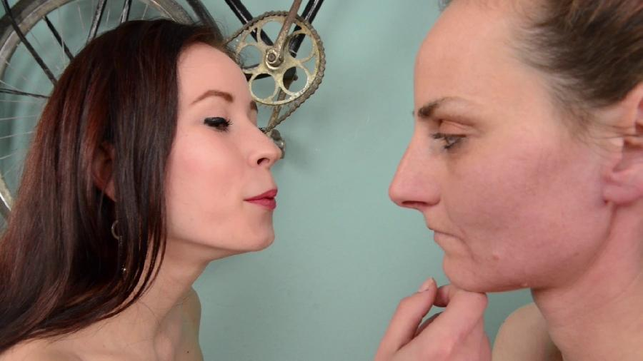 face slapping mega extreme  superstrong slaps by minnie manga and carmen clark hd hunterotic